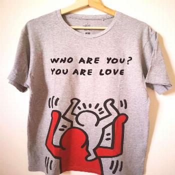 Menjual Baju Bundle Mantap on June 08 2020 text that says WHO ARE