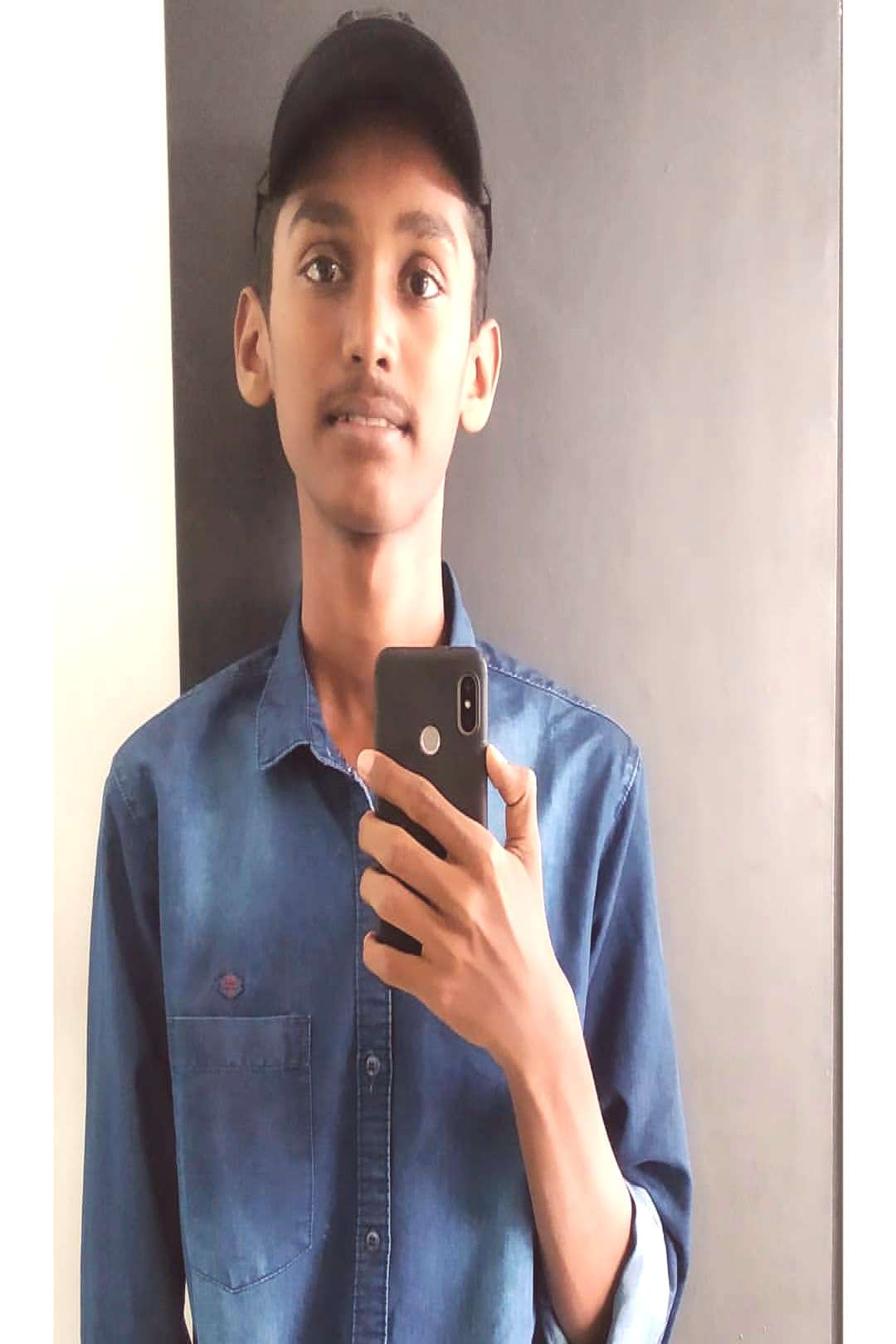 abinshad on June 02 2020 mubarish x96 x96 and 1 person selfie and
