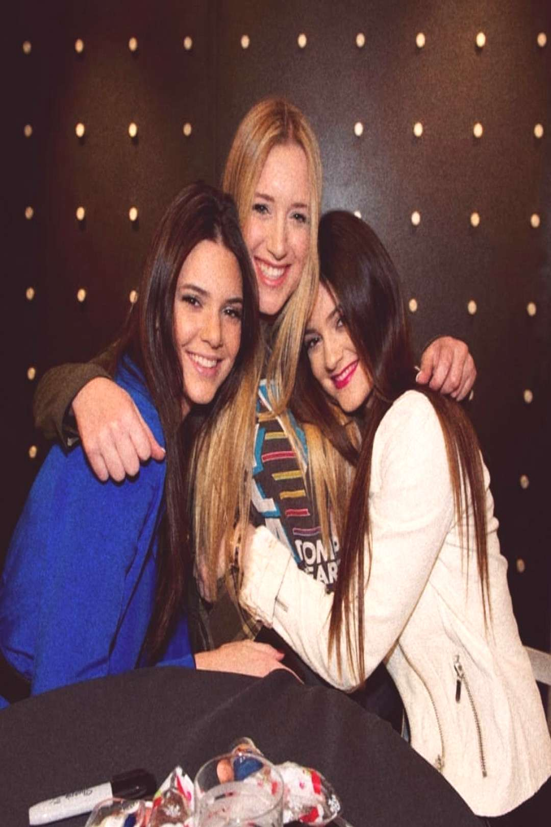 Kendall and Kylie on June 09 2020 and 3 people people smiling nig